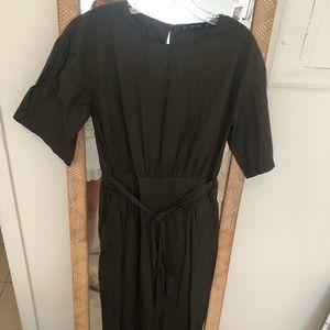 Olive Zara jumpsuit size medium